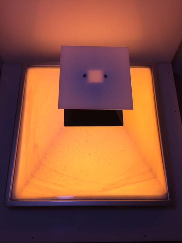 Energetische Schwingungsaufladung von Trägermaterial